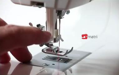 Singer 9980 m quina de coser de peso ligera con 820 for Machine a coudre 820 atf
